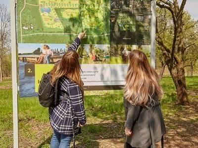 PASSERINVEST GROUP veřejnosti zpřístupnila první část lesoparku na pražských Roztylech