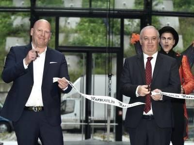 Nový karlínský motýl? Administrativní budova od AFI Europe