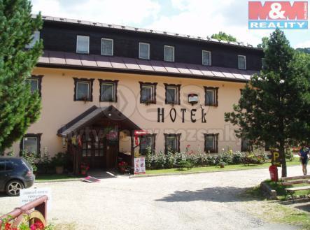 Čelní pohled | Prodej - hotel, 1240 m²
