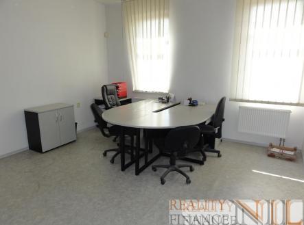 foto: 2 | Pronájem - kanceláře, 31 m²