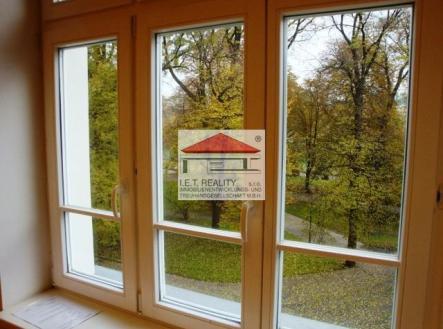 3 | Pronájem - kanceláře, 320 m²