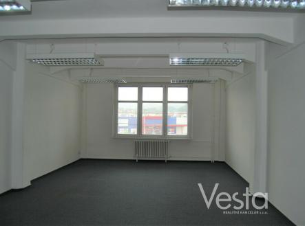 Pronájem - kanceláře, 159 m²