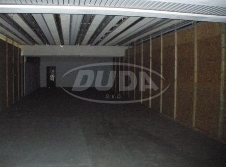 Obrázek k zakázce č.: 79854 | Pronájem - skladovací prostor, 1000 m²