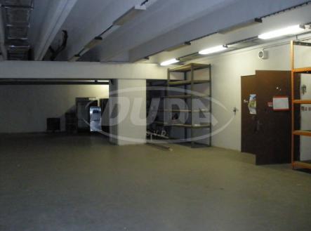 Obrázek k zakázce č.: 542313 | Pronájem - skladovací prostor, 180 m²