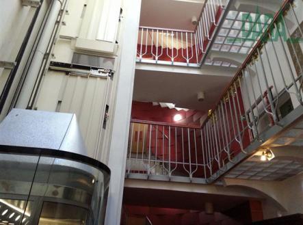 obr 051 | Prodej - hotel, 855 m²