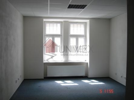 foto: 2 | Pronájem - komerční objekt, administrativní budova, 24 m²