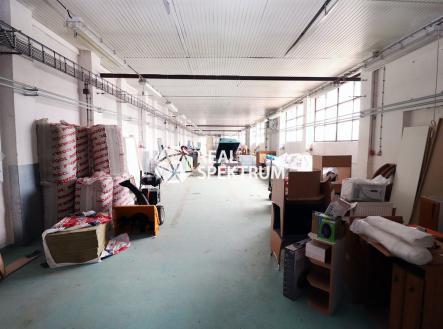 IMG_9176 | Pronájem - komerční objekt, sklad, 2800 m²