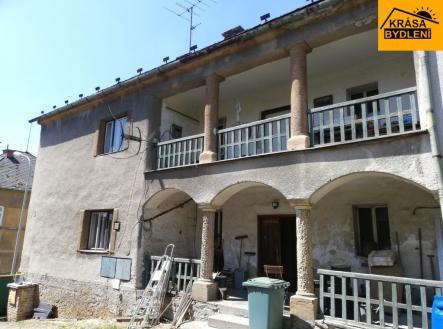 Prodej - dům/vila, 293 m²