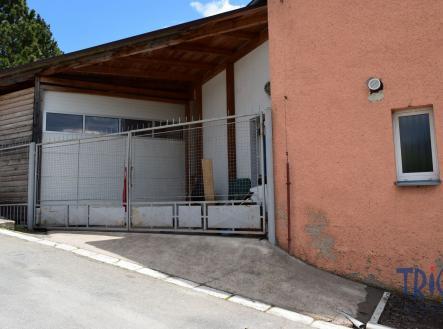 Pronájem - obchodní prostor, 130 m²