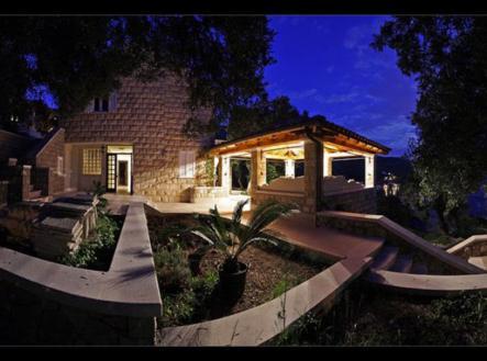 Prodej - dům/vila, 260 m²