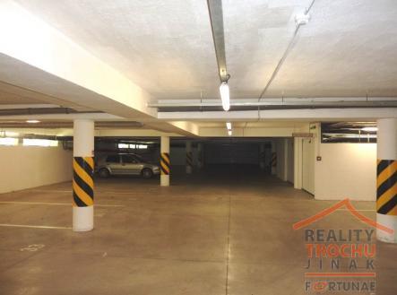 1.jpg | Prodej - malý objekt/garáž
