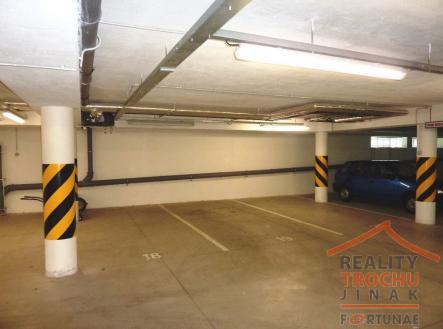 2.jpg | Prodej - malý objekt/garáž