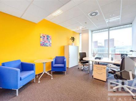 . | Pronájem - kanceláře, 60 m²