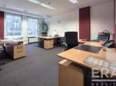 Pronájem - kanceláře, 67 m²