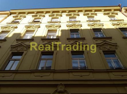 DŮM | Prodej - obchodní prostor, 66 m²