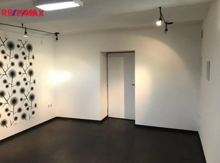 img_a27758c806.jpg | Pronájem - kanceláře, 22 m²