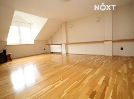 Prodej - komerční objekt, administrativní budova, 193 m²