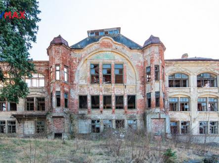 Hlavní budova | Prodej - historický objekt, 6622 m²