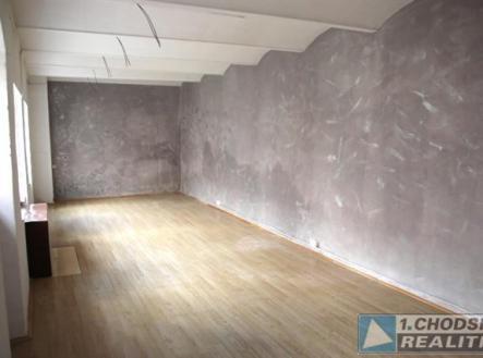 . | Pronájem - obchodní prostor, 66 m²