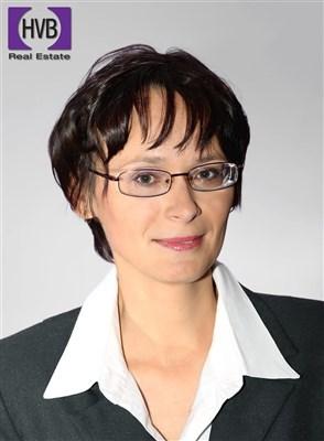 Klára Klonfarová
