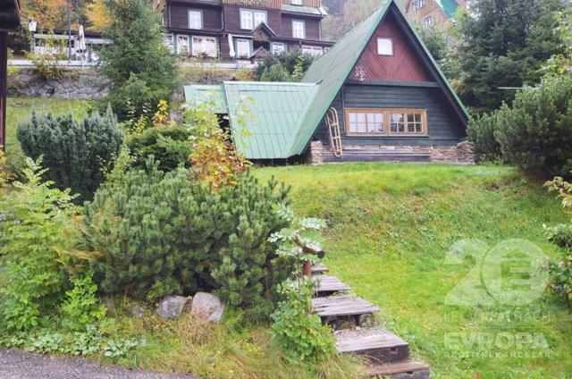 Prodej domu, chalupy 6+1, zas. lodžie, garáž, výhled, terasa, pozemek 985m2, Špindlerův Mlýn