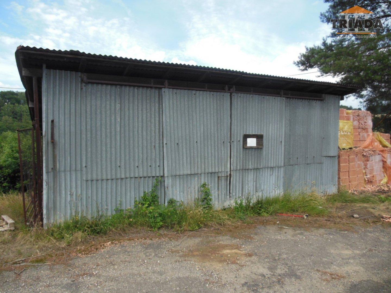 Pronájem pozemku s malou halou v Sekerkových Loučkách