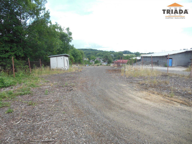 Pronájem komerčního pozemku v Sekerkových Loučkách