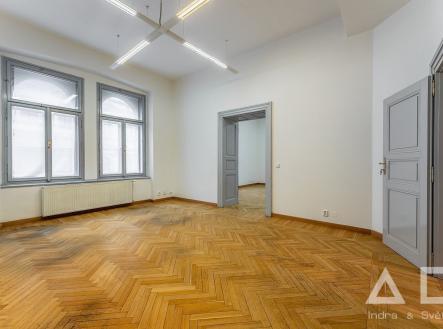 Pronájem - kanceláře, 119 m²