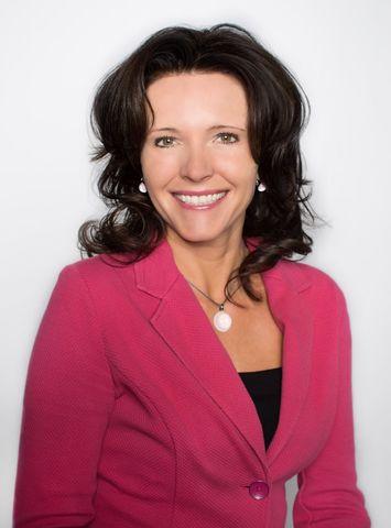 Mgr. Zuzana Rosenbergová