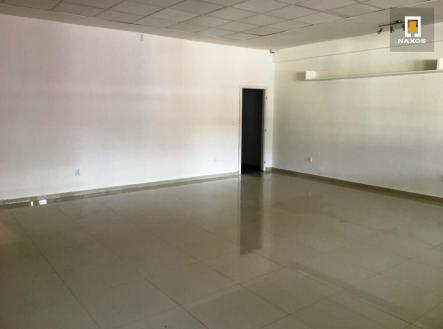 Pronájem - obchodní prostor, 97 m²