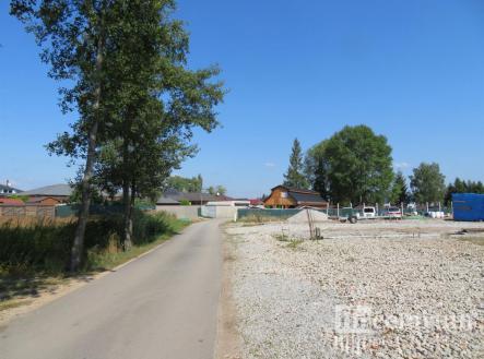fotografie | Prodej - pozemek pro komerční výstavbu, 2000 m²