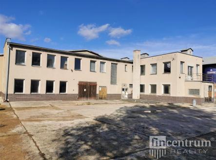 fotografie | Pronájem - výrobní prostor, 2000 m²