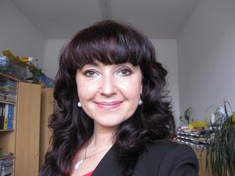 Miriam Papežová