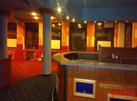 Fotka 5 | Pronájem - restaurace, 331 m²