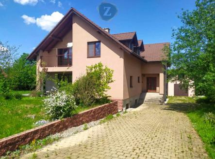 6 | Prodej - dům/vila, 332 m²