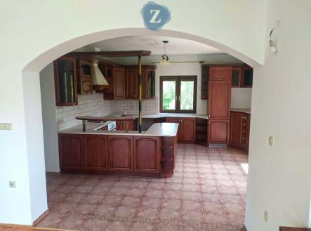 2 | Prodej - dům/vila, 332 m²