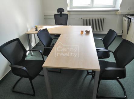Fotka 4 | Pronájem - kanceláře, 220 m²