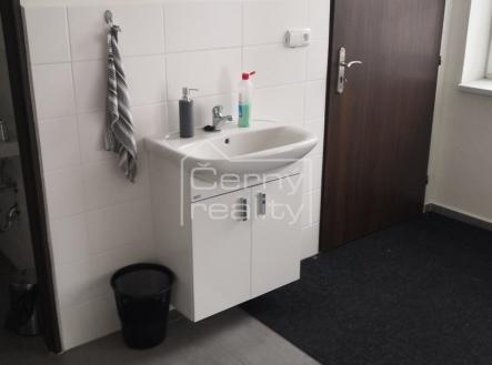 Fotka 3 | Pronájem - kanceláře, 220 m²