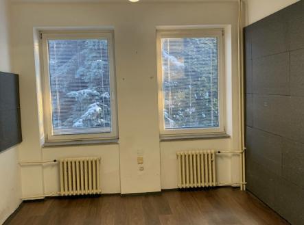 Pronájem - kanceláře, 17 m²