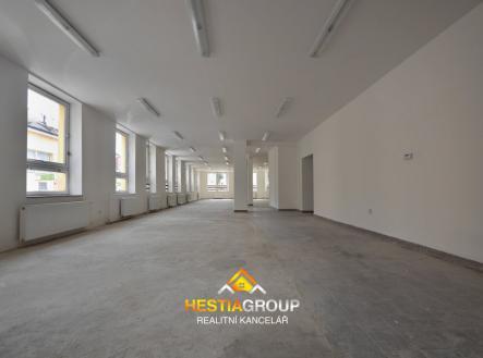 Obchodní prostor 1. patro | Prodej - obchodní prostor, 515 m²