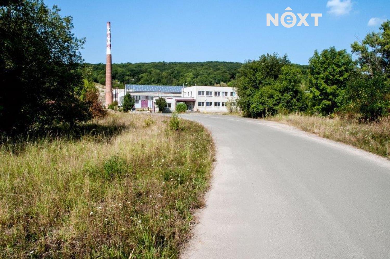 Pronájem  - komerční objekt, sklad, 2,600 m2