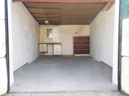 .   Prodej - malý objekt/garáž