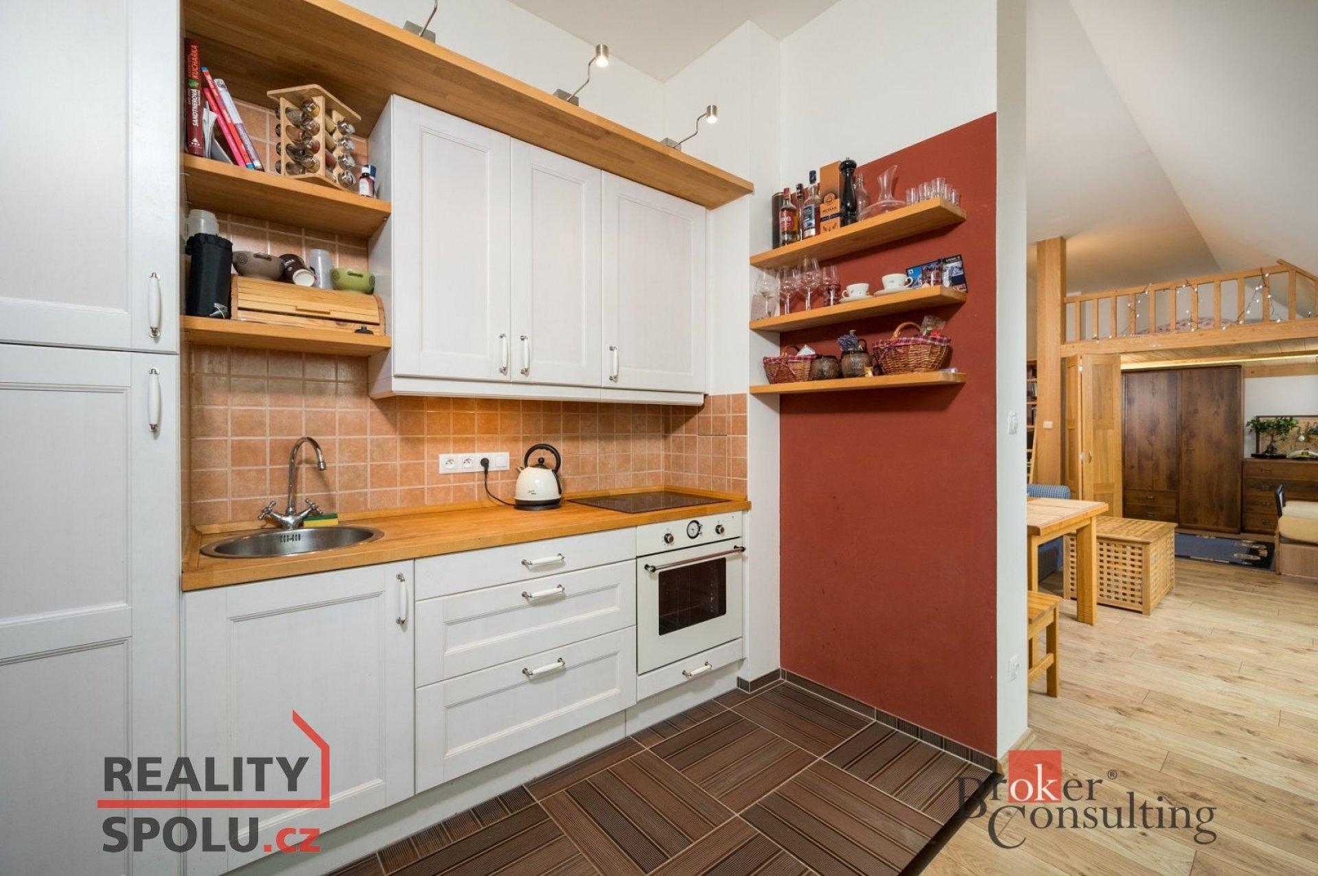 Prodej kompletně vybaveného apartmánu 1+kk, 50 m2, Jilemnice
