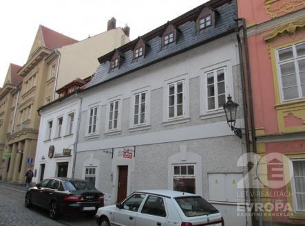 Prodej - obchodní prostor, 252 m²