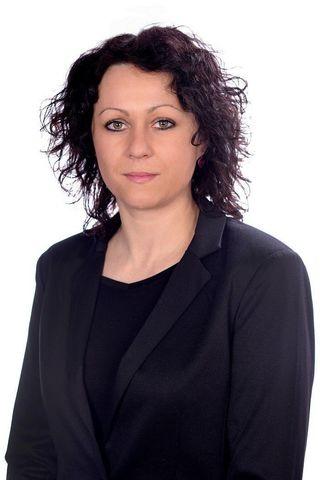 Hana Červená