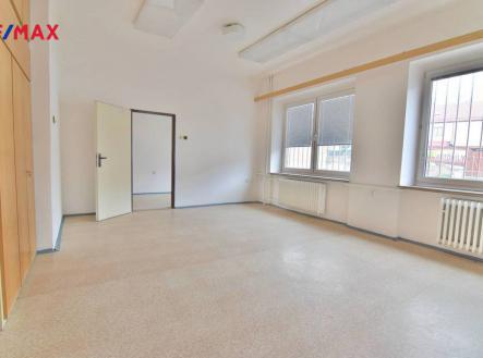 img_73dda1dd63.jpg | Prodej - komerční objekt, administrativní budova, 502 m²