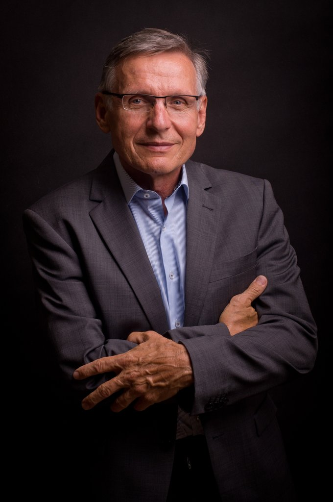 Dr. Josef Mrňous