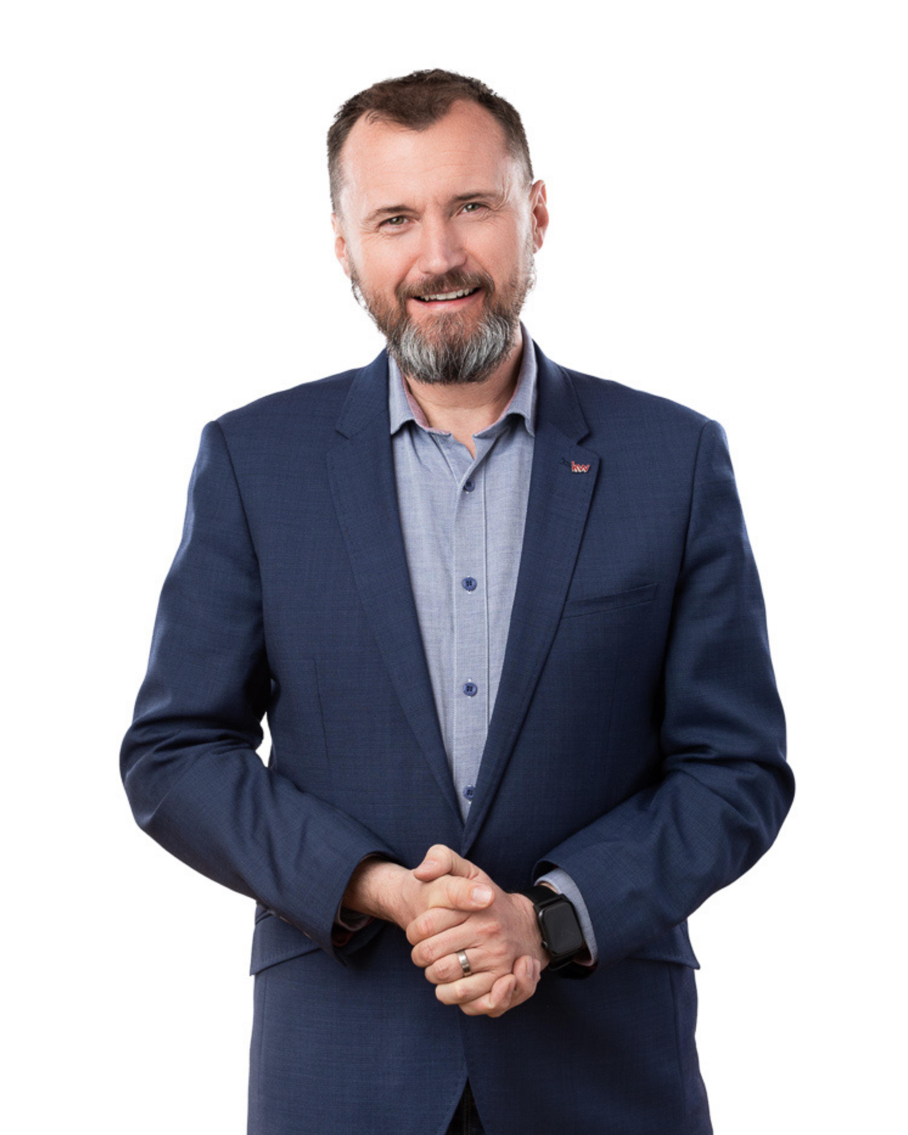 Olejník, MBA Roman