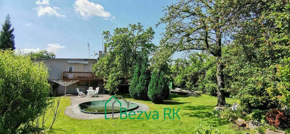 Prodej vily 200m2, pozemek 1164m2 v Újezdě nad Lesy
