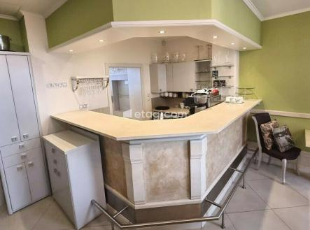 Prodej - restaurace, 150 m²